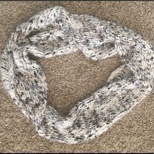 NWT neutral color knit infinity circle scarf